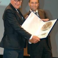 Cortonantiquaria 2007. Trofeo donato a Patrizio Bertelli