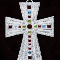 Croce in argento in stile longobardo